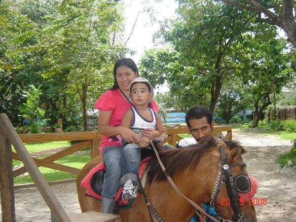horseback riding at Manila Zoo